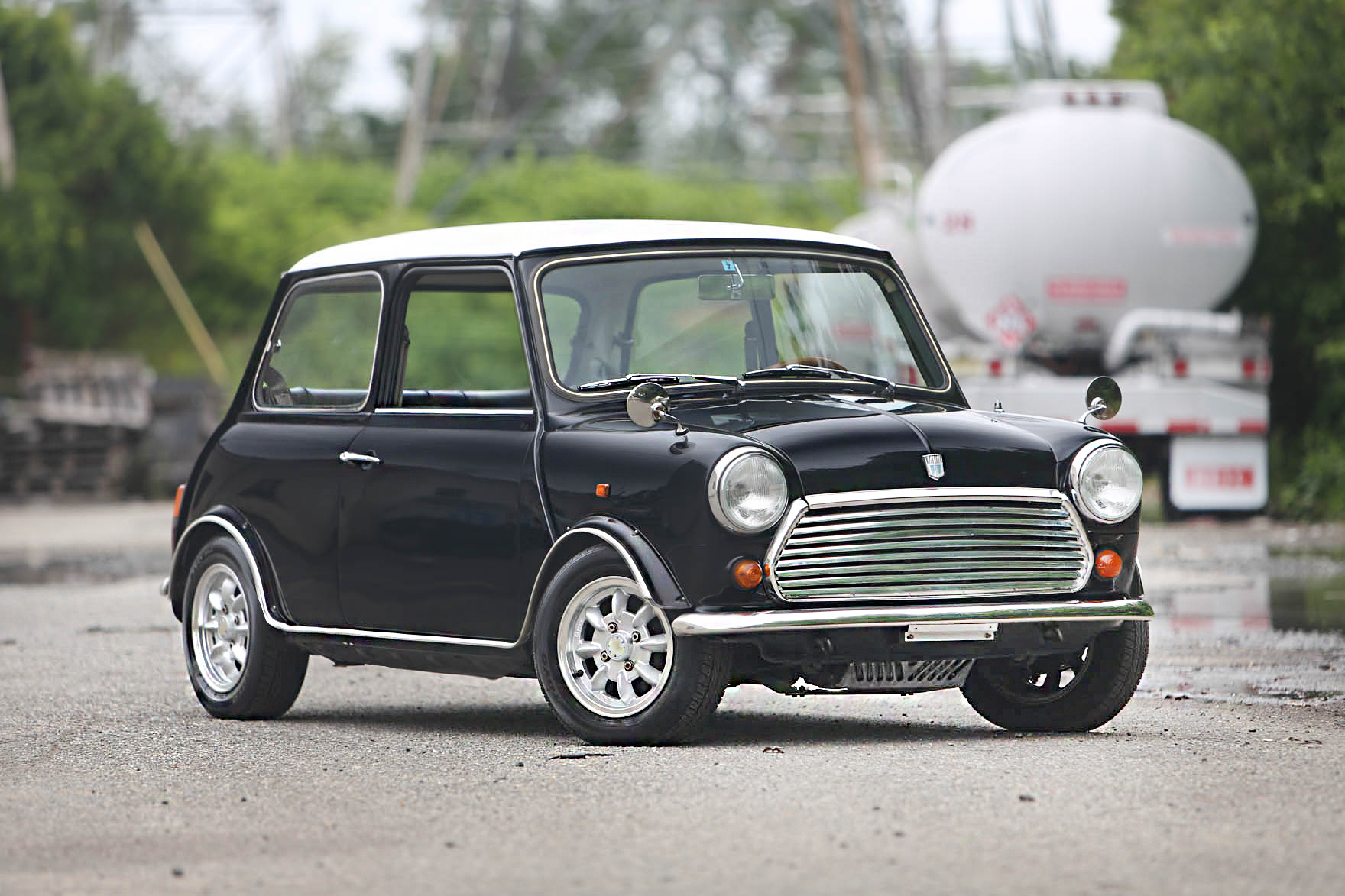 1989 Austin Rover Mini - $14,500