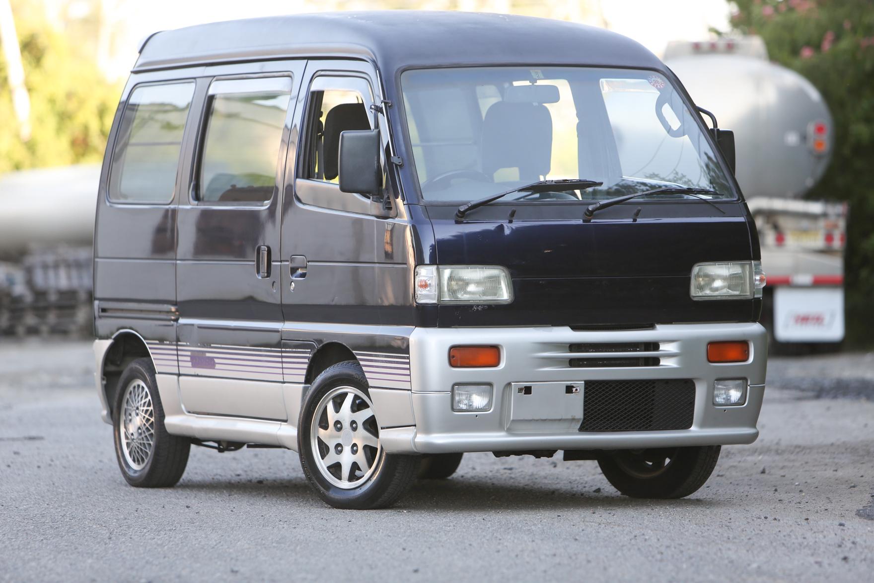 1992 Suzuki Every Van 4WD TURBO - $7,500